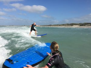 tourist-surfer-3